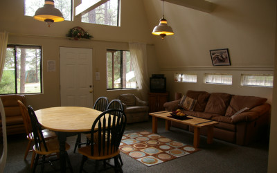 Deluxe Cabin Layout Living Room